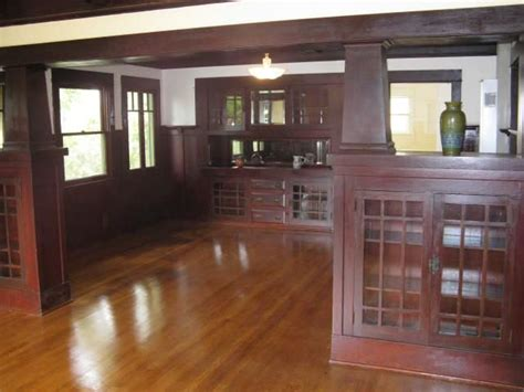 Craftsman Style Built In Cabinets by New Listing Cottage With Great Craftsman Details