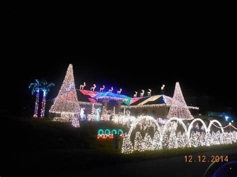 house with christmas lights set to music cape coral christmas house lights set to music 2015 best show ever brock bush youtube