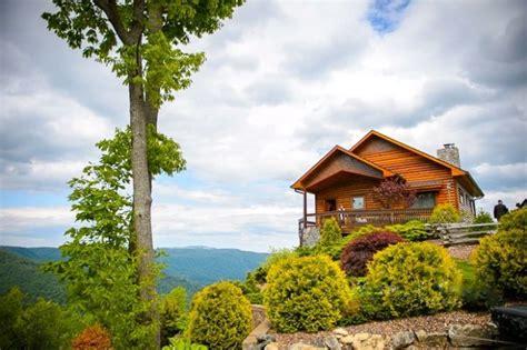the 10 coziest fall cabin rentals in carolina