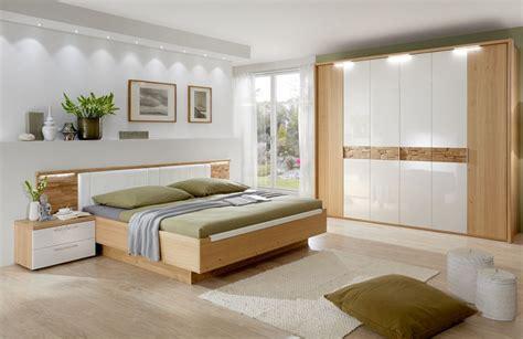 schlafzimmer wildeiche komplett schlafzimmer cesan crema hochglanz disselk m 246 bel