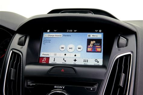 ford sync android ford s sync 3 will feature apple carplay and android auto autoevolution