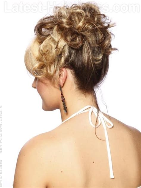 Pinned Up Hairstyles For Medium Length Hair by The 25 Most Beautiful Updos For Medium Length Hair