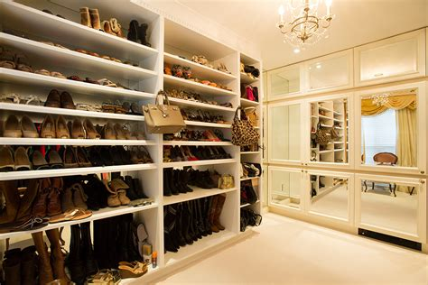 Caspers Closet Forest City by Forest Hill Home Lists For 7 9m 108 Dunvegan Road