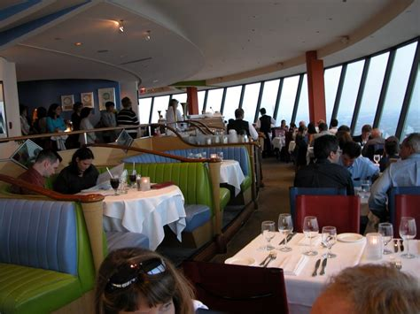 Cn Tower Interior by Panoramio Photo Of Cn Tower Inside Restaurant Hs