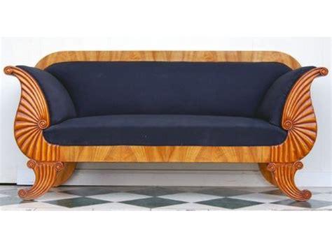 biedermeier sofa biedermeier sofa in kirsche antike m 246 bel und