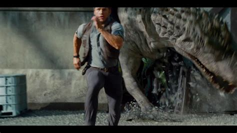 nuevas imagenes jurassic world jurassic world global trailer review omg