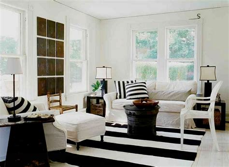 Black And White Decorating Ideas For Living Rooms by Black And White Living Rooms Design Ideas