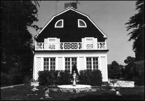the amityville horror house then and now