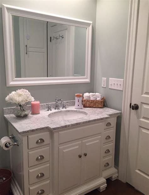 vanity badezimmer white vanity marble top benjamin moments