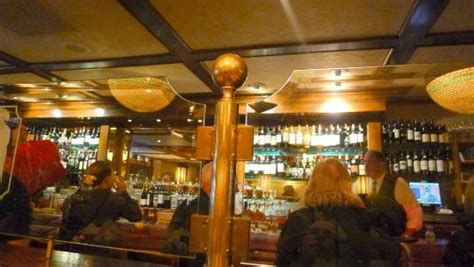 bar area at house of prime rib picture of house of