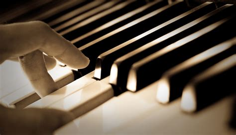 the simplest and fastest way to learn piano simply piano