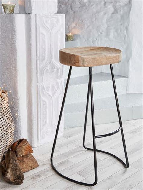 Best 25  Oak bar stools ideas on Pinterest   Breakfast bar kitchen, Small kitchen bar and