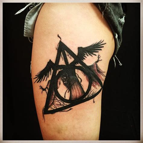 deathly hallows tattoo tattoos pinterest deathly