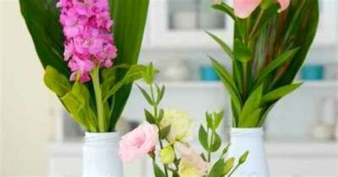 Recycle Flower Vases by Diy How To Recycle Bottles To Beautiful Flower Vases Hometalk