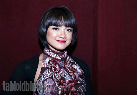 Nirina Dress nirina zubir til anggun berbalut dress mermaid batik