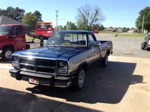 purchase used 1992 dodge d150 le standard cab 2