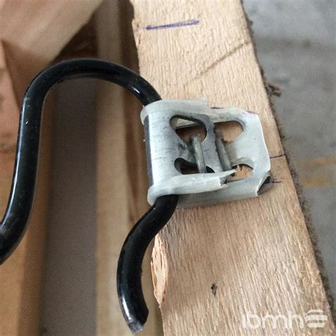 upholstery wire edge wire clips nails