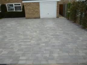 Brett beta block paved driveway by awbs landscaping