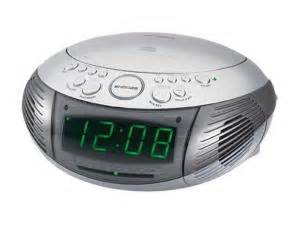 Jensen am fm dual alarm clock radio with top loading cd player jcr 332