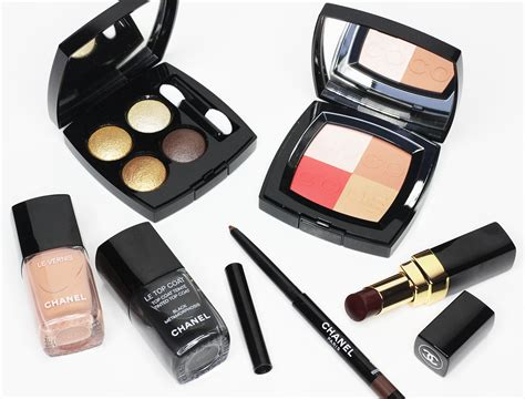 Makeup Chanel Ori defying color conventions with the chanel coco codes 2017 makeup collection