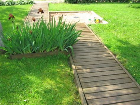 Laying Gravel In Backyard How To Build A Pathway Across A Lawn