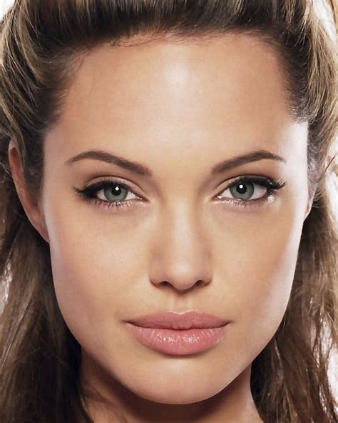 angelina jolie biography in spanish angelina jolie unifrance films