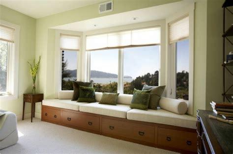 Sitzecke Gestalten Wohnzimmer by Moderne Fensterdeko F 252 R Eine Vornehme Atmosph 228 Re Im Raum