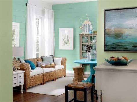 Colors That Go With Green | wall color mint green gives your living room a magical