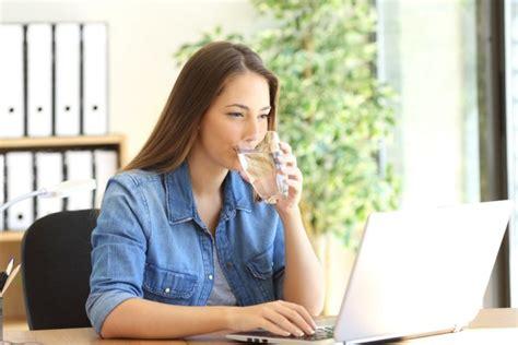 elastina e collagene quali alimenti mangiare invecchiamento precoce 6 abitudini da evitare melarossa