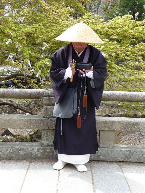 turisti per caso giappone santone giapponese viaggi vacanze e turismo turisti