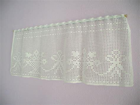 Crochet Window Valance window valance crochet flower basket and ribbons