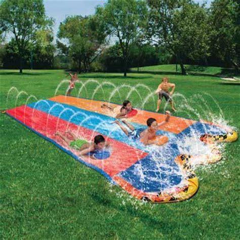 Jeux A Faire Dans Un Trampoline #3: Water-slide.jpg