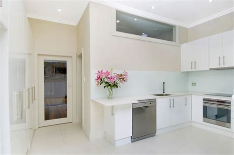 sydney kitchen design white kitchen designs pics afreakatheart