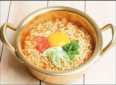 Ramen Korea korean ramen noodle pot shin ram end 4 17 2018 9 15 pm