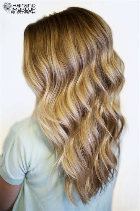 easy hairstyles using a curling wand curling wand giveaway beachy waves my hair and beach waves