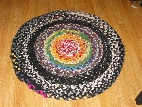 how to get rid of mildw in rug rag rug get rid of all those scraps 183 how to make a rag