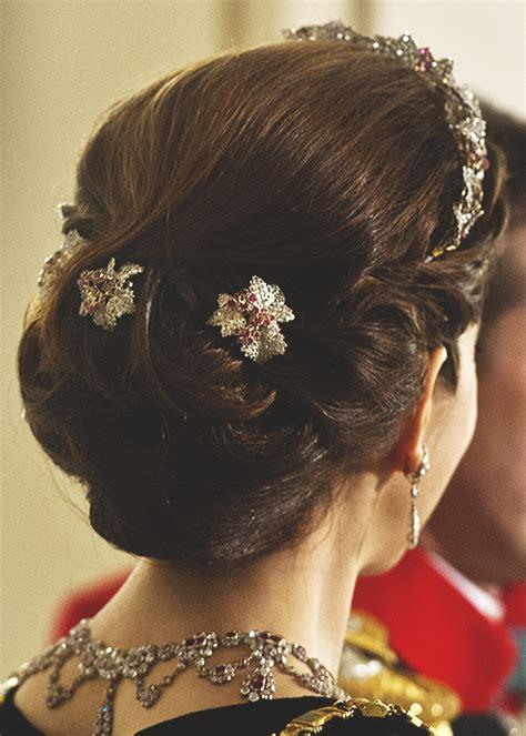 princess mary hairstyles danish royal family gabriellademonaco crown princess