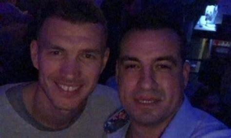 consolato bosniaco a dzeko in crisi per l astinenza di goal il bosniaco si