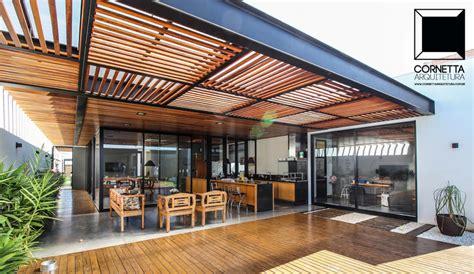 Superior  Tipos De Pergolas #4: Fotos-de-casas-moderno-por-cornetta-arquitetura.jpg