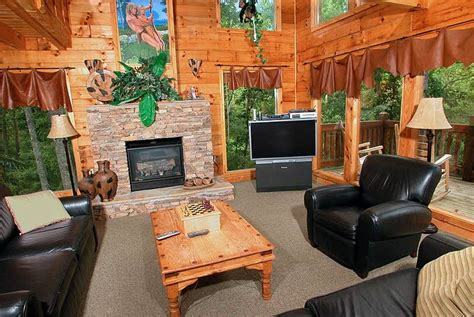 luxury 1 bedroom 2 story cabin in gatlinburg falls 60 best cabins in tn images on pinterest mountain cabins