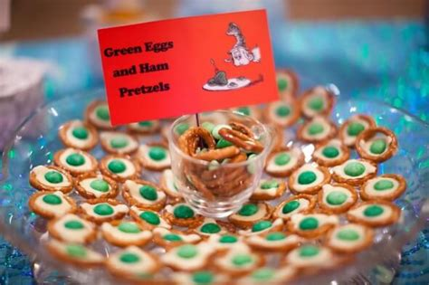 Dr Seuss Baby Shower Food Recipes by How To Personalize The Dr Seuss Baby Shower Theme Ideas