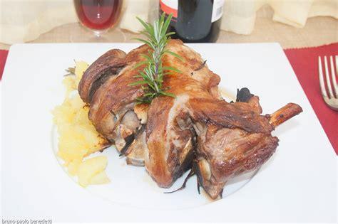 come cucinare il cosciotto di agnello come fare il cosciotto di agnello al forno ricette di cucina