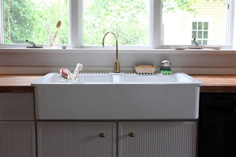 Ceramic Kitchen Sinks Reviews Porcelain Kitchen Sink For A Chic Kitchen Home Design