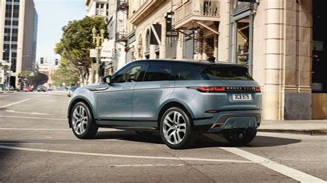 new luxurious range rover evoque unveiled