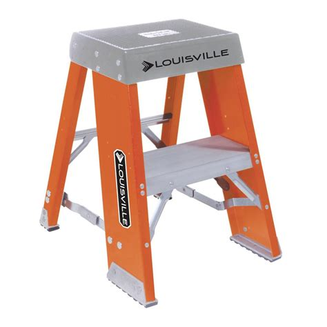 Osha Compliant Step Stool by Gorilla Ladders 3 Step Aluminum Step Stool Ladder With 225