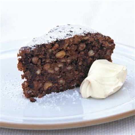 italian chocolate nut christmas cake recipes delia online