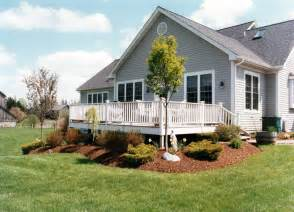 Landscape Ideas Around Deck 1000 Images About Landscaping Around Deck On