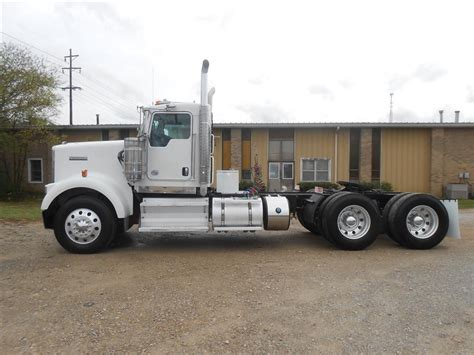 2014 kenworth w900 for sale used 2014 kenworth w900 tandem axle daycab for sale in ms