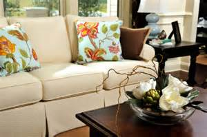 Living Room Pillow Arrangements Common Living Room Seating Arrangements Sofas And