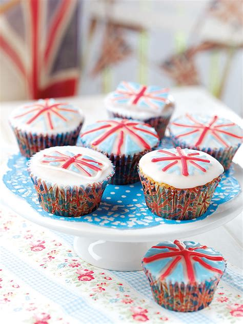 celebrate the royal wedding with british interior decor rww royal wedding party ideas and linky decor to adore